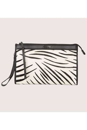 Picture of Love My Soul Carter Clutch Zebra