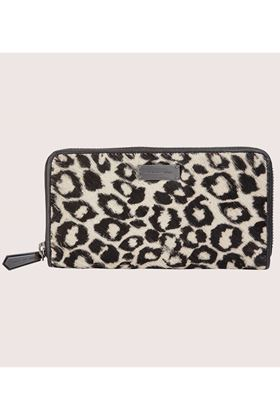 Picture of Love My Soul Sienna Large Zip Around Leopard