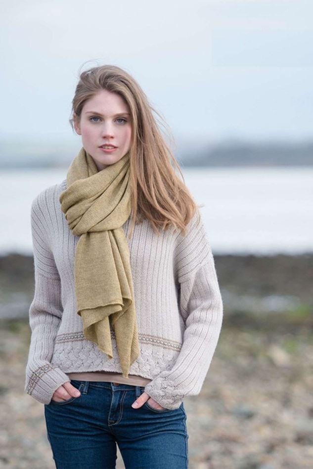 Picture of Samantha Holmes Alpaca Knitted Travel Shawl & Pillow