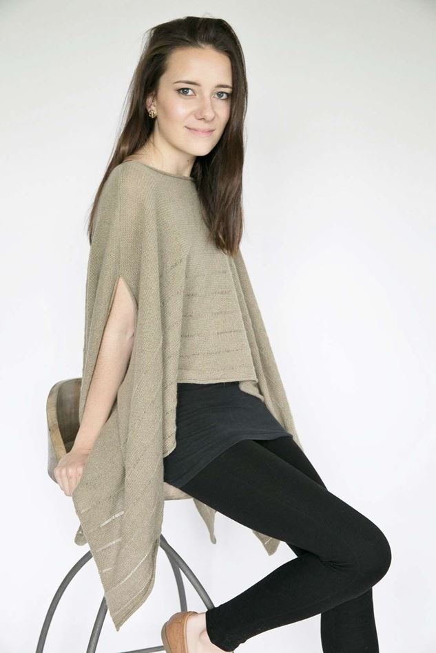Picture of Hume Sweet Hume Lambswool Poncho - Khaki Green