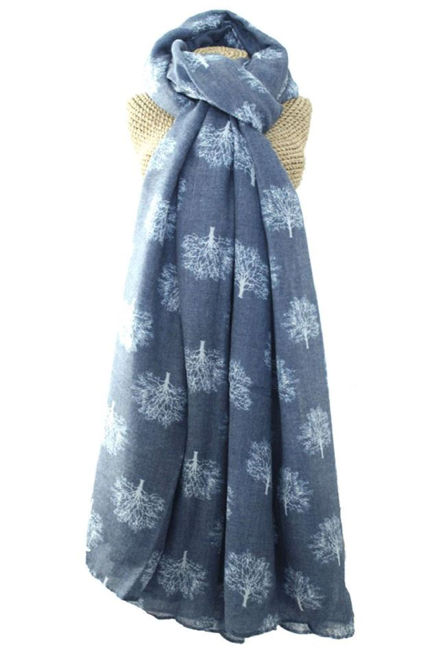 Picture of Lua Oak Trees Scarf