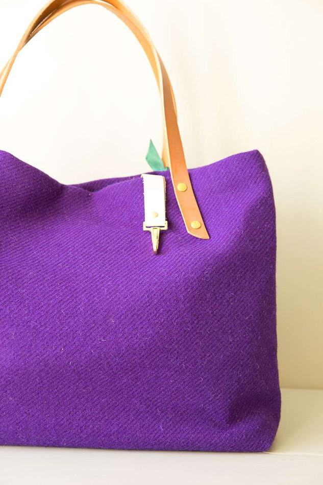 Picture of Harris Tweed Purple Tote Bag