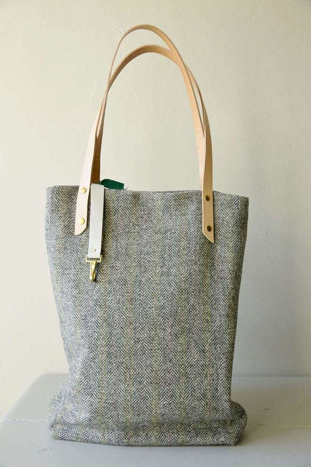 Picture of Harris Tweed Light Grey Tote Bag