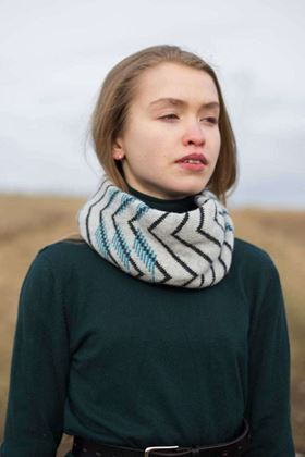 Picture of Mixter Maxter Vik Twist Scarf