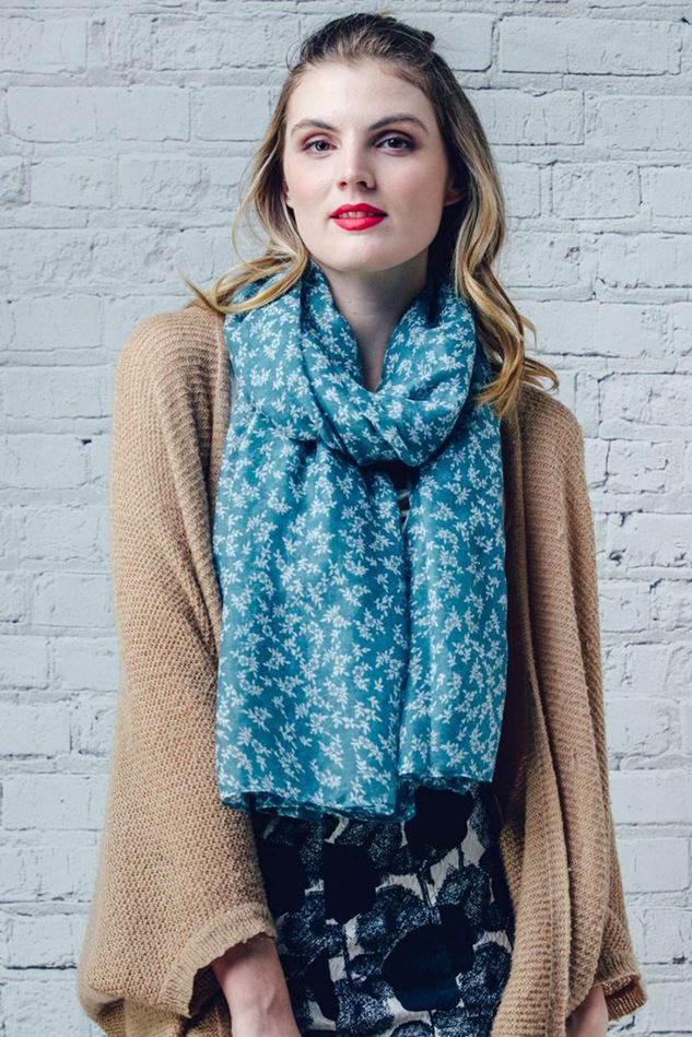 Picture of F&J Collection Debbie Scarf