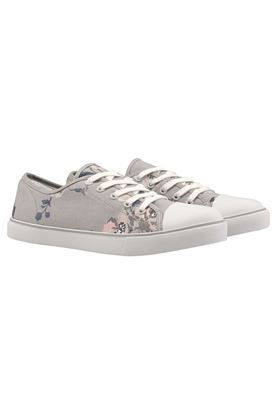 Picture of Cath Kidston Island Bunch Slim Plimsolls