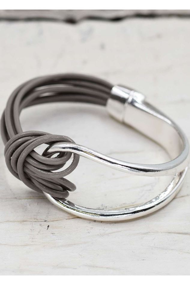 Picture of TEMPEST HALF LEATHER  & METAL BANGLE
