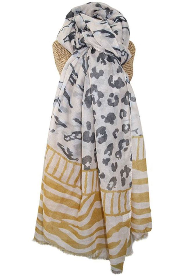 Picture of Lua Animal Pattern Scarf