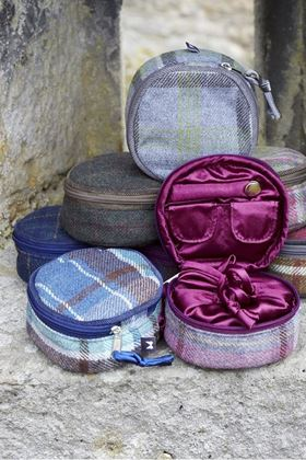 Picture of Earth Squared Moorland Tweed Jewellery Pouch