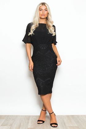 Picture of Girl in Mind Georgia Batwing Lace Midi Dress