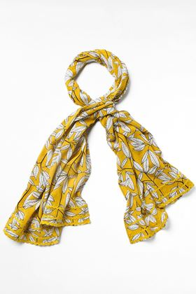 Picture of White Stuff Simone Printed Slub Scarf