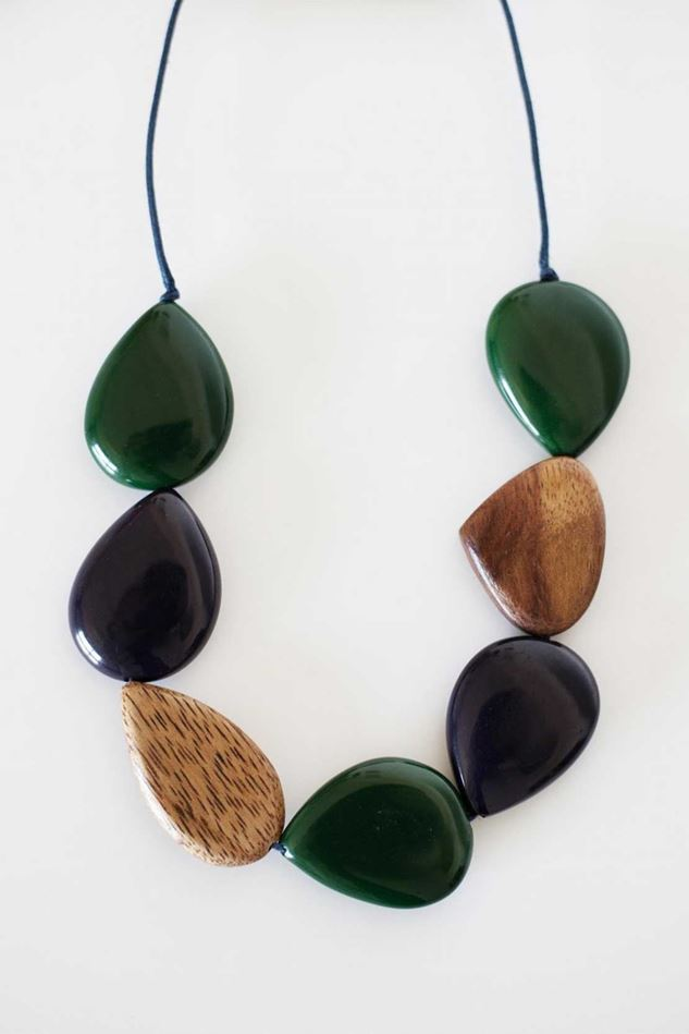 Picture of Mistral Chunky Pebble Necklace