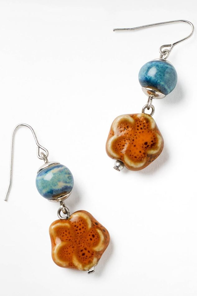 Picture of White Stuff Ceramic Mono Bead Earring